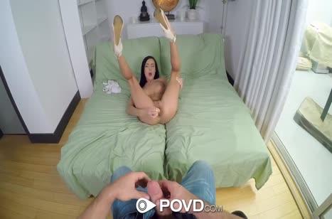 Marley Brinx широко раздвигает ноги для анала и мастурбации #2