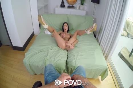 Marley Brinx широко раздвигает ноги для анала и мастурбации #3