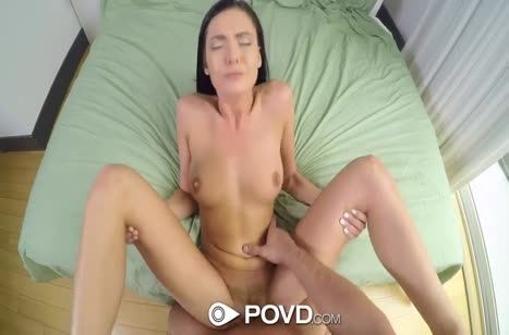 Marley Brinx широко раздвигает ноги для анала и мастурбации #6