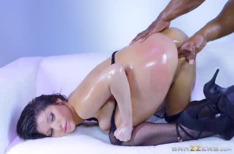 Aleksa Nicole в секс наряде устраивает анал с негром #4