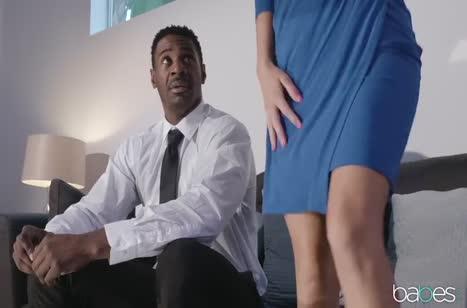 Черный чел удовлетворил Tara Ashley своим здоровым пенисом #1