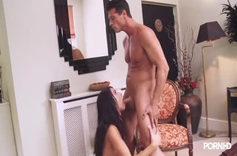 Megan Coxxx заводит муженька сексуальным костюмом и чулочками #2
