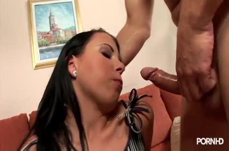 Пошлая Klaudia Bella дает мужикам во все отверстия #2