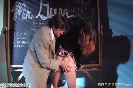 Член препода не удержался перед студенткой с большими сиськами #2