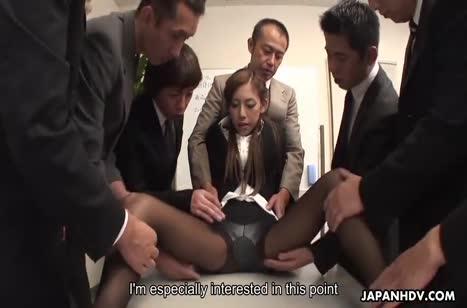 Мужики развращают писечку Ramu Nagatsuki прямо на работе #2