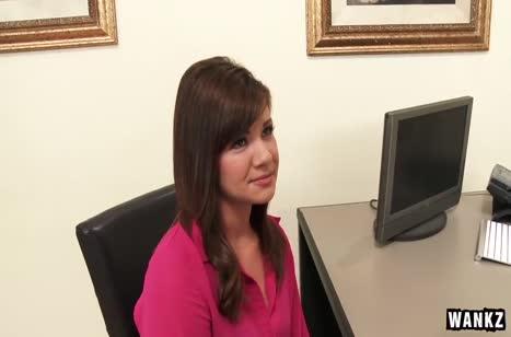 Alison Rey показала на собеседовании умение трахаться