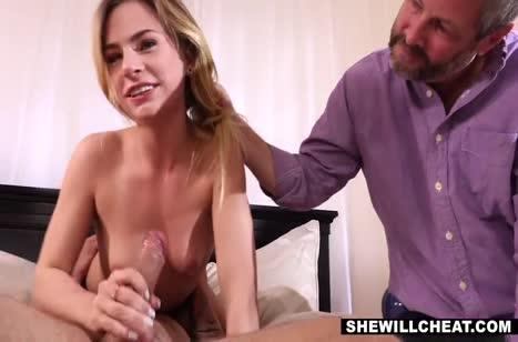 Грудастая женушка Sydney Cole опробовала самца с большим хером #3