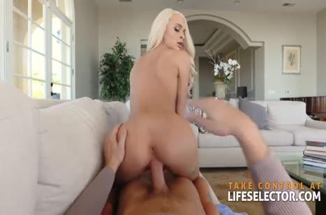 Блондинка делает минет и снимает жесткое порно с мужем #5