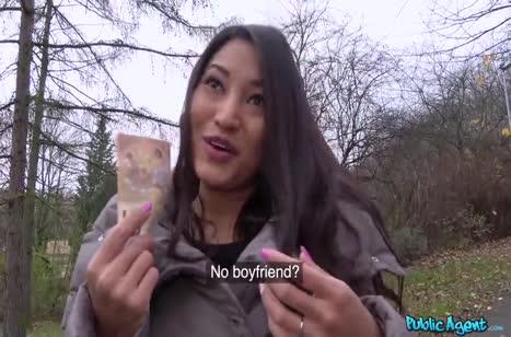 Познакомился с азиаткой на улице и совратил ее на оргию #2